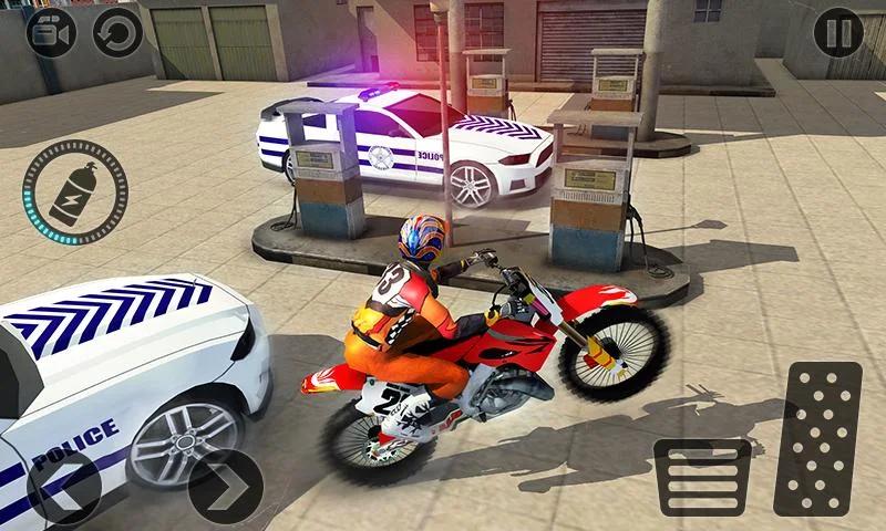 摩托车逃生警察追逐截图