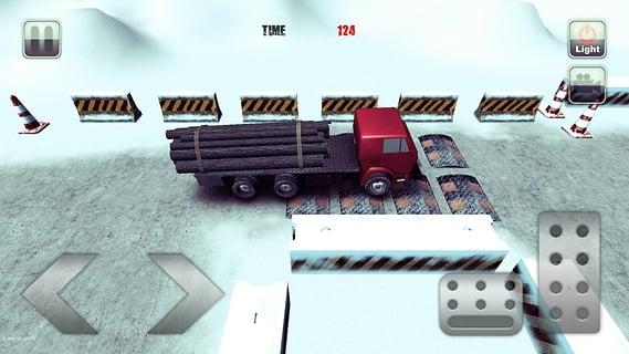 重型卡车停车场