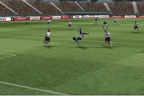 实况足球2011 直装版