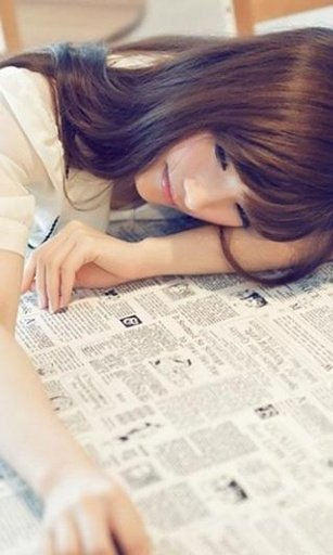 学美女校花甜美动态壁纸